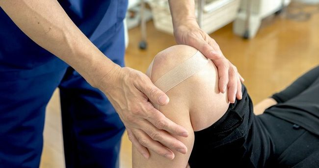 膝痛テーピング